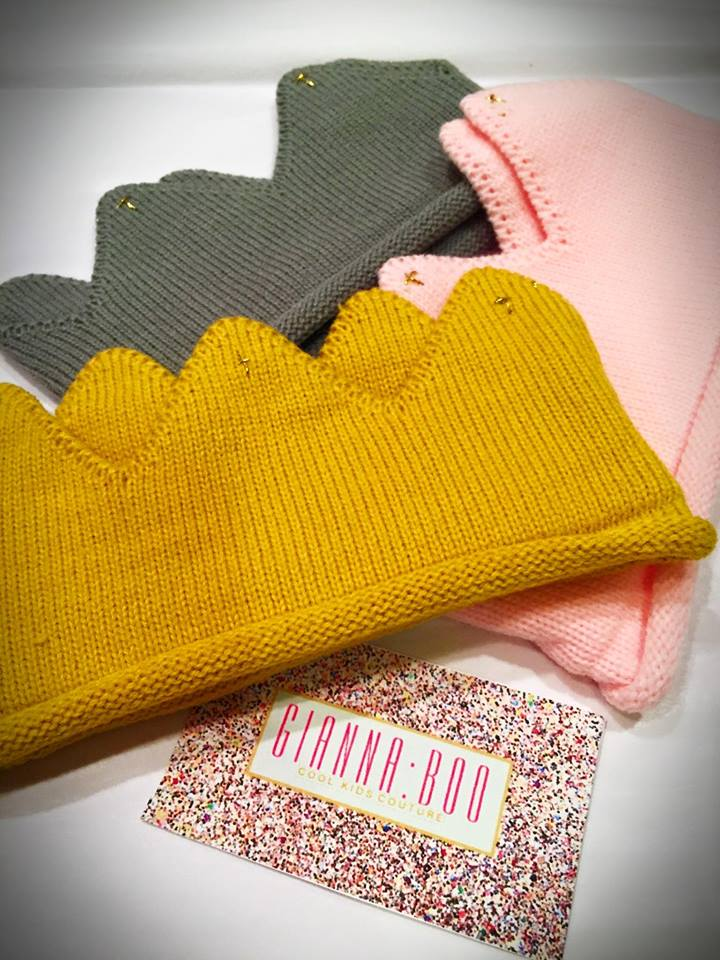 Knitted Toddler Crowns
