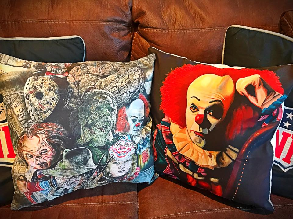 Horror MOVIE pillow (Choose one)