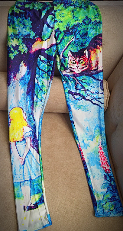 Vintage Alice in Wonderland Leggings (one size fits most)